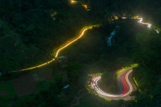 Light-Trails-Green-Hill-Ella-Sri-Lanka