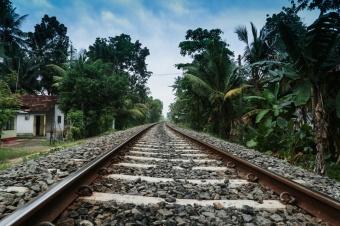 Railway-Tracks-Akurala