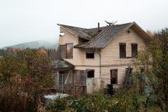 Halvt Hus