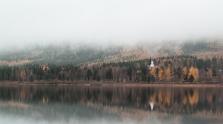 - Borgsjön & Kyrkan -
